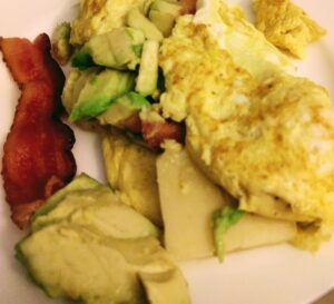 Avacado-Bacon-Eggs