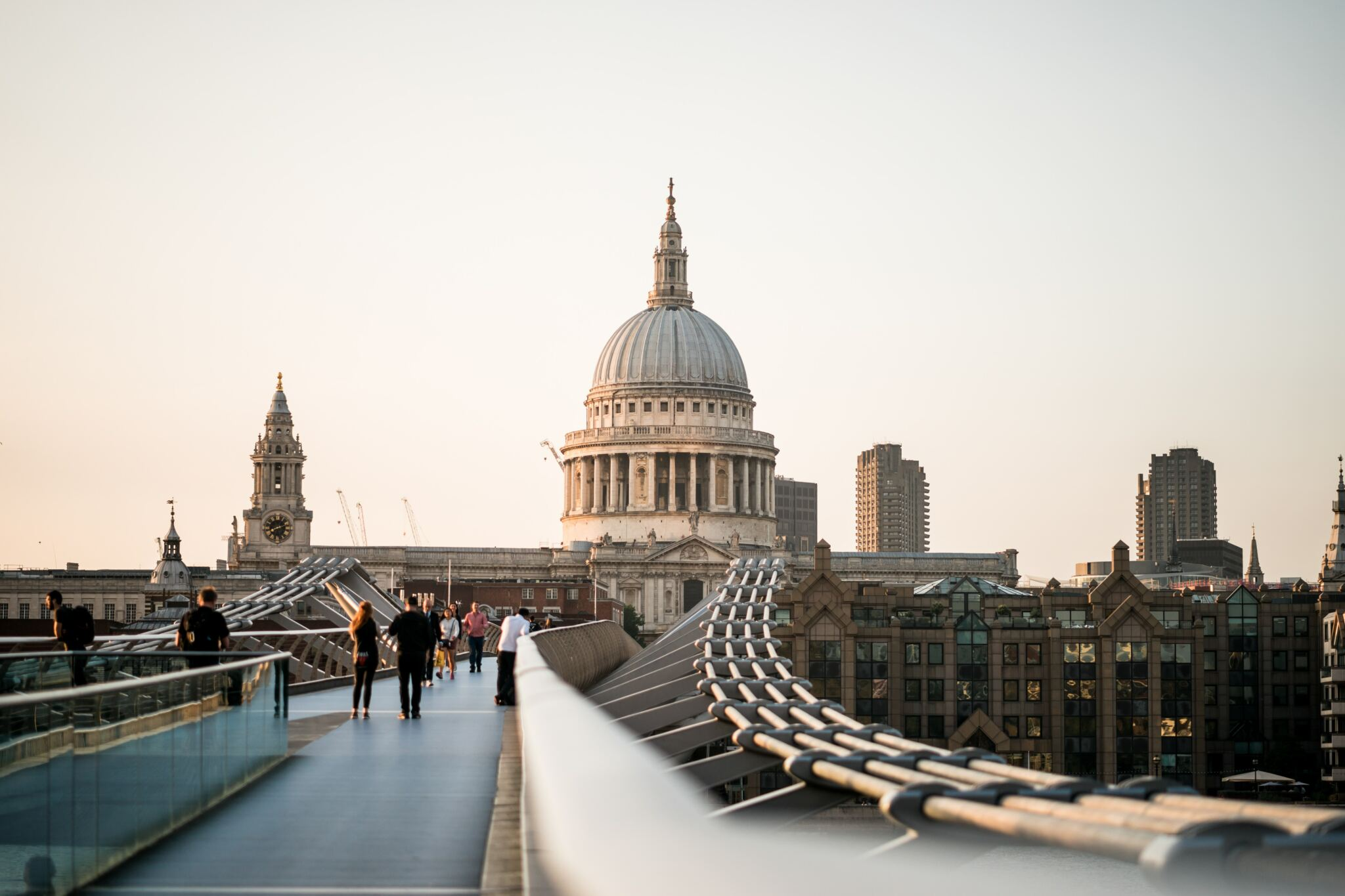 Lovely London | Photo courtesy of Jonathan Chng and Unsplash